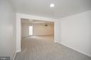 Large Rec room lower level w/new carpet and paint - 10111 BROOKRUN CT, SPOTSYLVANIA