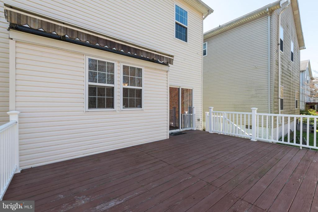 Expansive rear deck... - 7504 COVE POINT WAY, ELKRIDGE