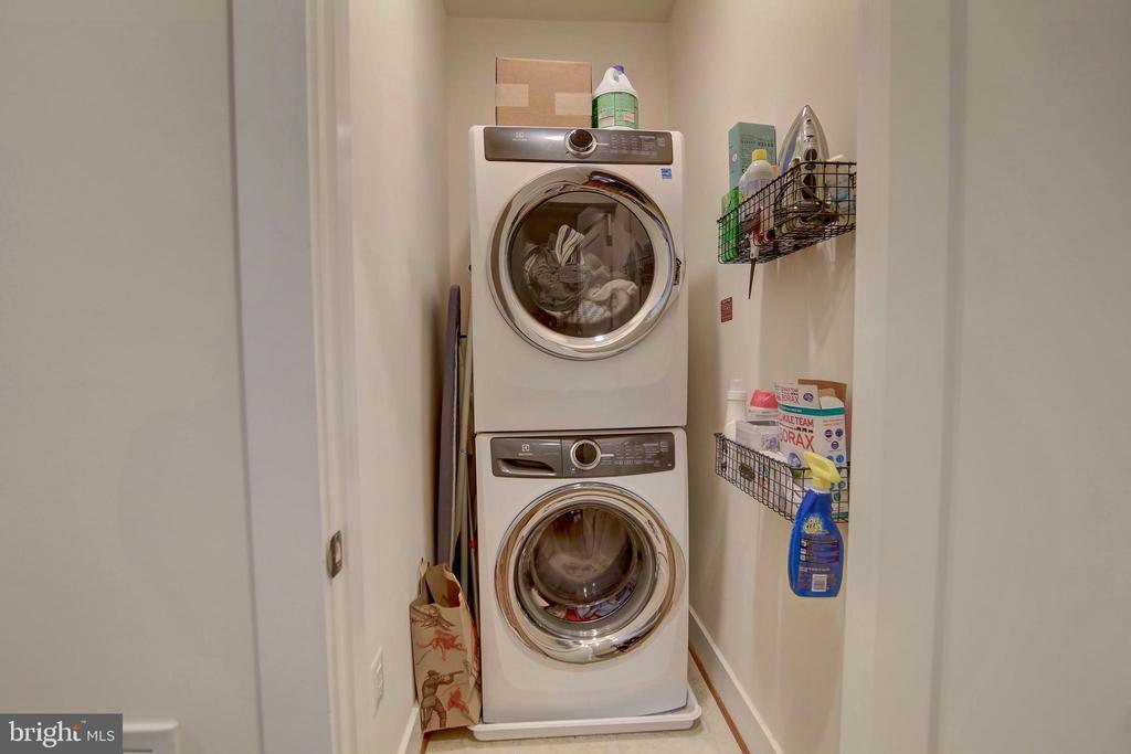 Washer Dryer - 20539 MILBRIDGE TER, ASHBURN