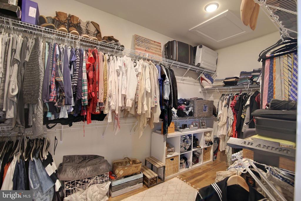 Master bedroom closet - 20539 MILBRIDGE TER, ASHBURN