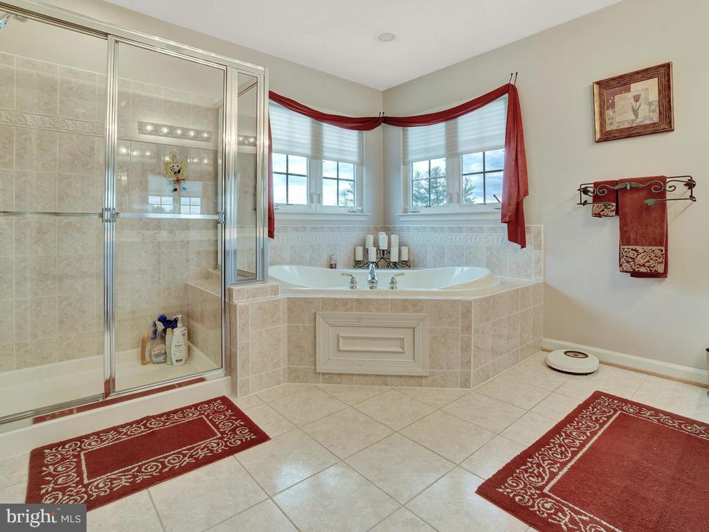 Master Bathroom - 11206 ANGUS WAY, WOODSBORO