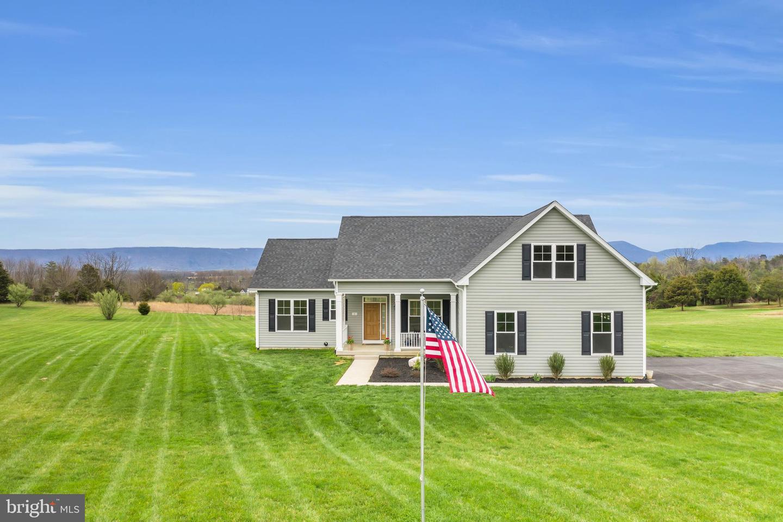 Single Family Homes 為 出售 在 Maurertown, 弗吉尼亞州 22644 美國