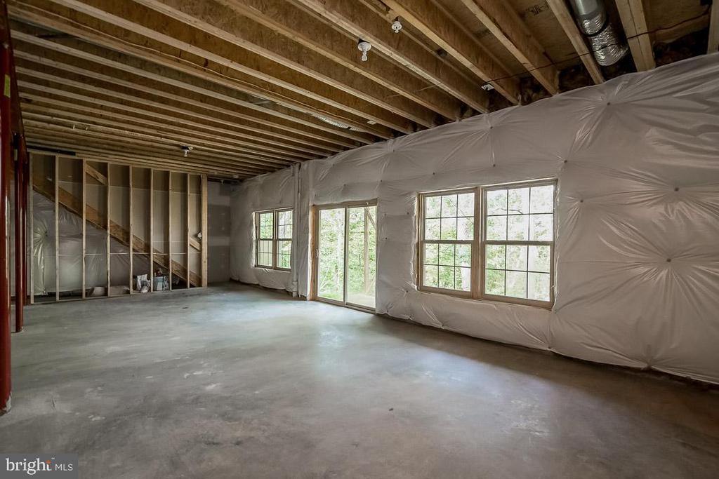 Unfinished full walk-out if lot allows - 344 SADDLE RD, NEW MARKET