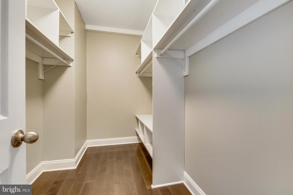 Master Walk-in Closet - 11801 ROCKVILLE PIKE #1405, ROCKVILLE