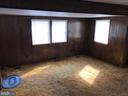 Living room with bumpout - 3417 DAHLIA LN, MIDDLE RIVER