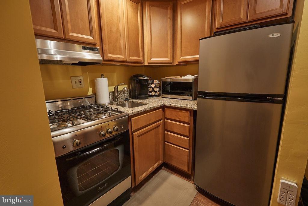 Renovated kitchen - 11 2ND ST NE #104, WASHINGTON