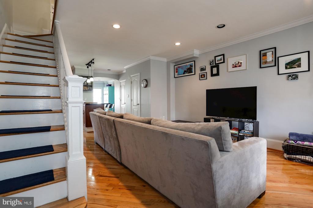 Living Room - 618 EVARTS ST NE, WASHINGTON