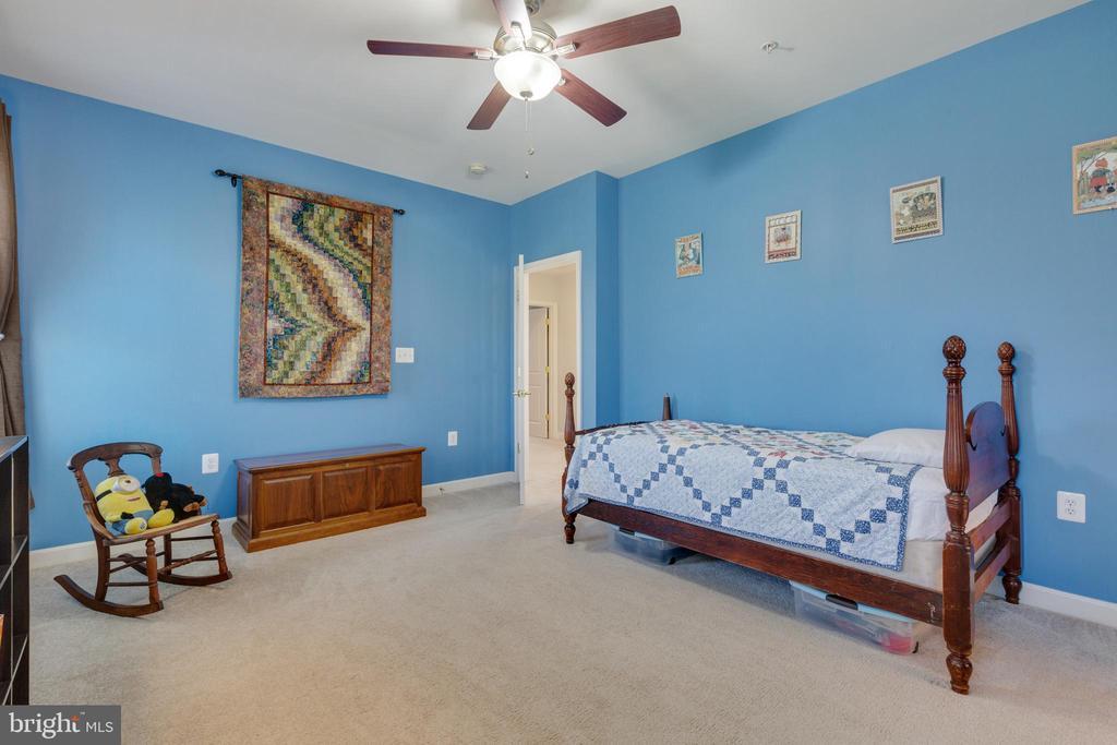 Bedroom 2 - 20240 MCNAMARA RD, POOLESVILLE