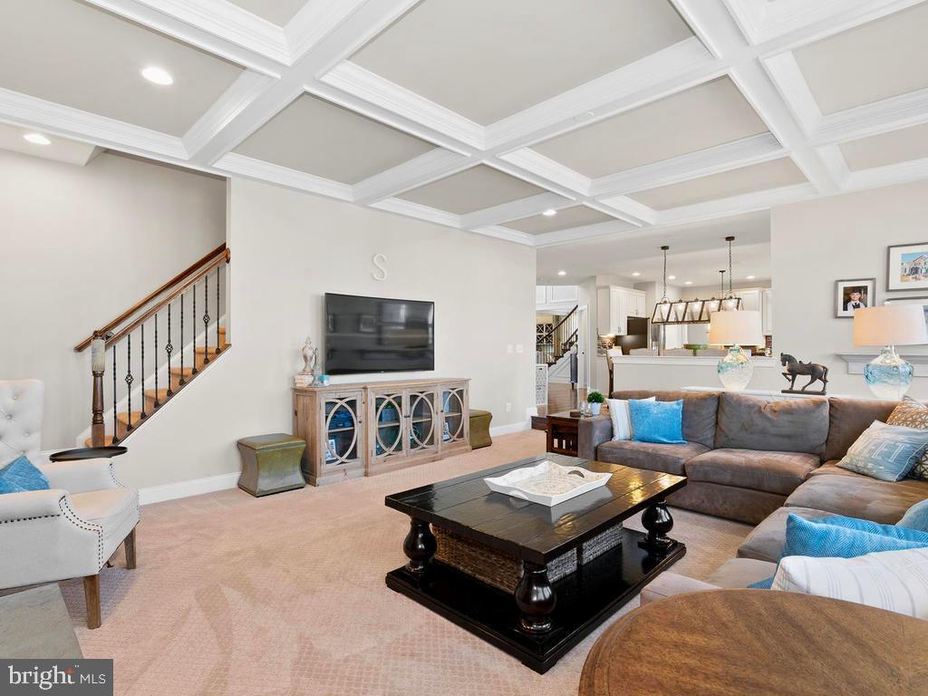 2nd stairway to the bedrooms - 41488 DEER POINT CT, ALDIE