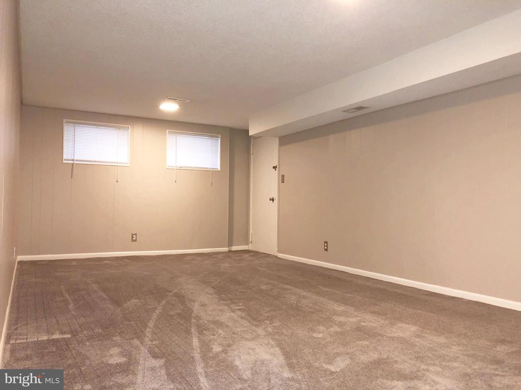 Downstairs (2nd bedroom option) - 3536 S STAFFORD ST #A2, ARLINGTON