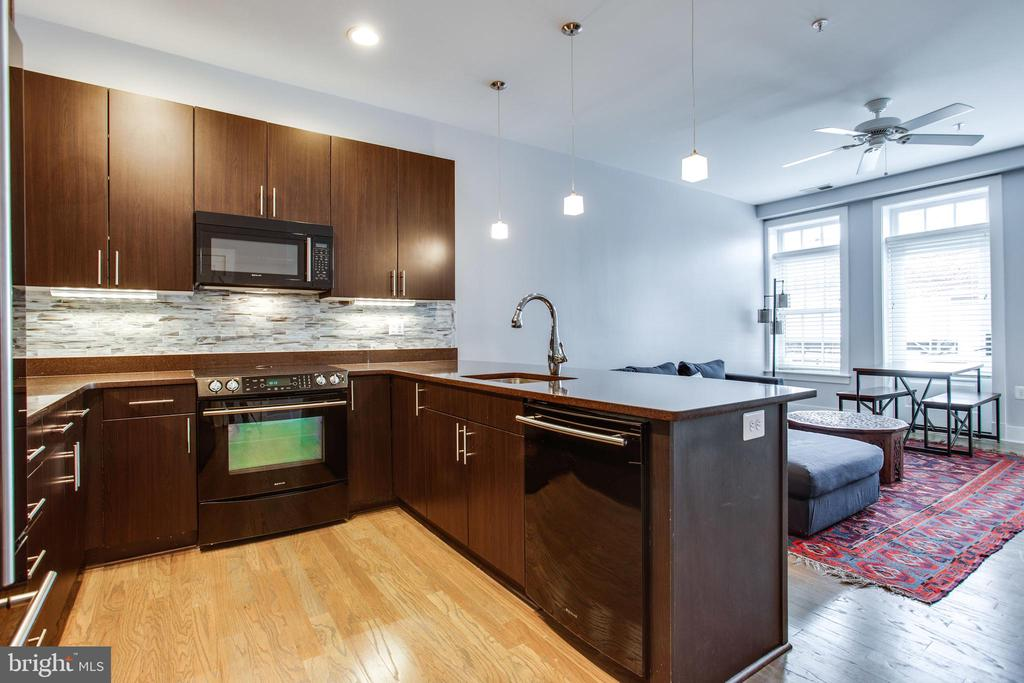 Loads of Counter Space - 1515 11TH ST NW #1-2, WASHINGTON