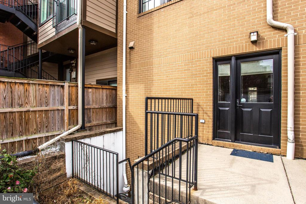 Private Rear Entry - 1515 11TH ST NW #1-2, WASHINGTON