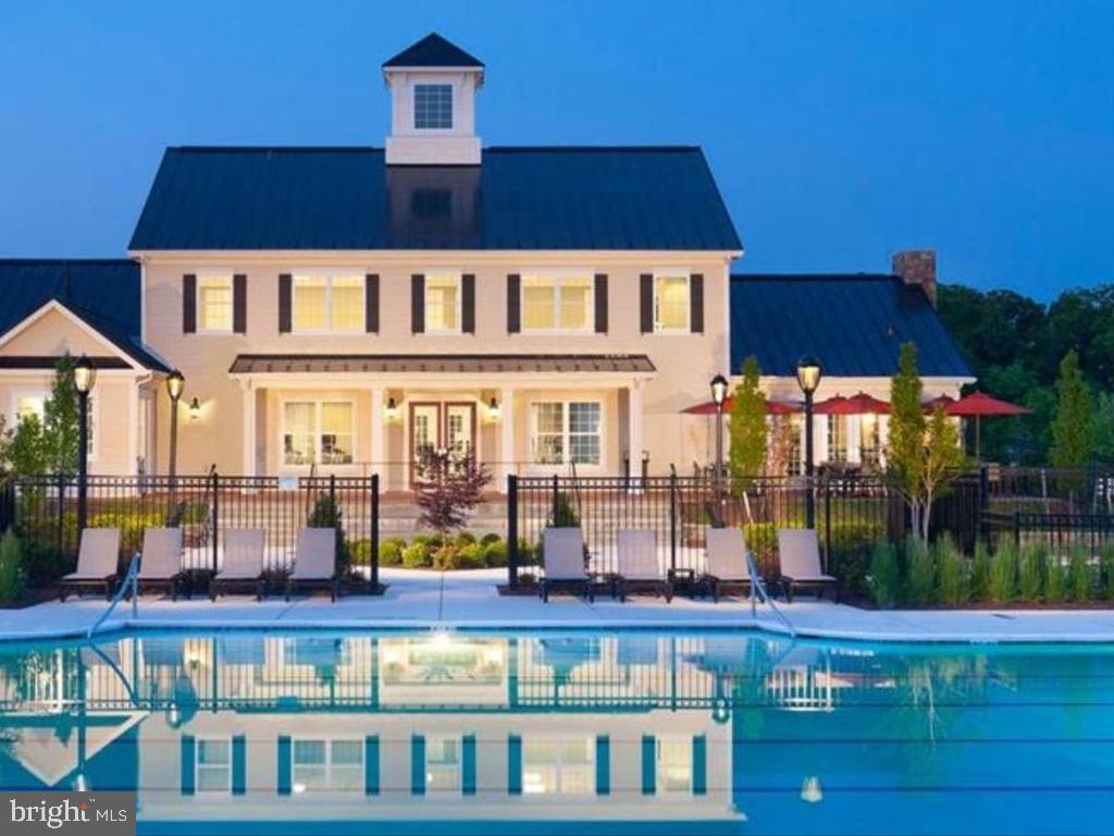 Pool lit up. : Home of the Marlins swim Team - 41488 DEER POINT CT, ALDIE