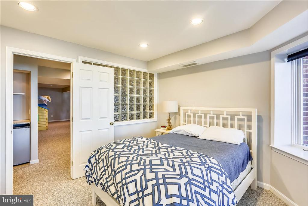 Lower Level Bonus Room - 6308 MOUNTAIN BRANCH CT, BETHESDA