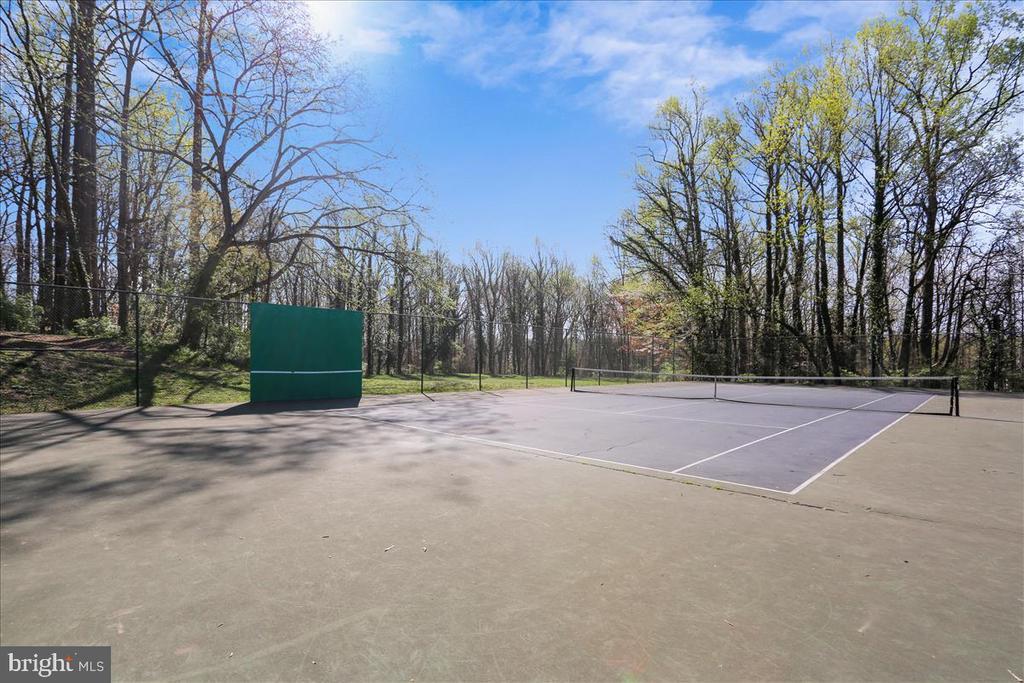 Merrimac Park Tennis Courts - 6308 MOUNTAIN BRANCH CT, BETHESDA
