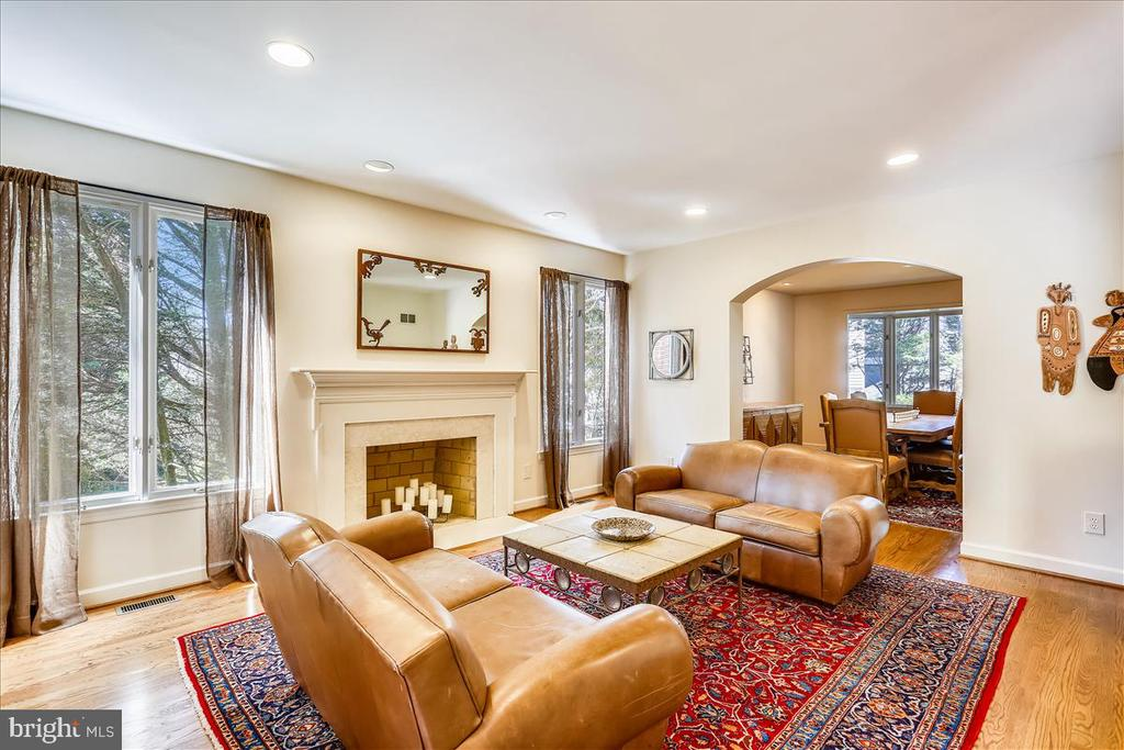 Living Room with Fireplace - 6308 MOUNTAIN BRANCH CT, BETHESDA