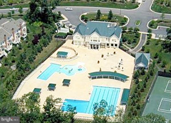 BCC Community Center & Pools - 20137 BLACKWOLF RUN PL, ASHBURN