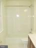 Hall FBA, Tub-Shower, Ceramic Tile - 20137 BLACKWOLF RUN PL, ASHBURN