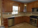 Stainless Steel Appliances - 8866 MOAT CROSSING PL, BRISTOW
