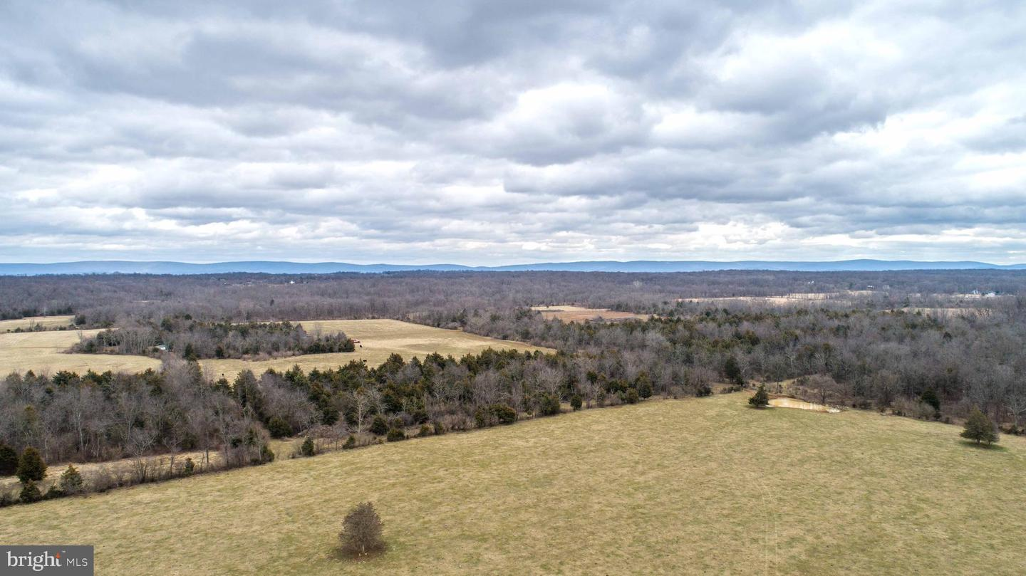Land for Sale at Berryville, Virginia 22611 United States