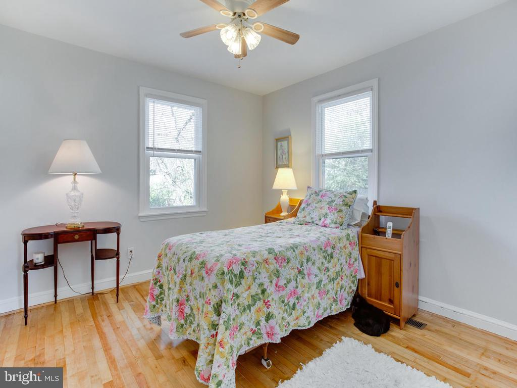 2nd Bedroom , one closet and fresh - 6808 PICKETT DR, MORNINGSIDE