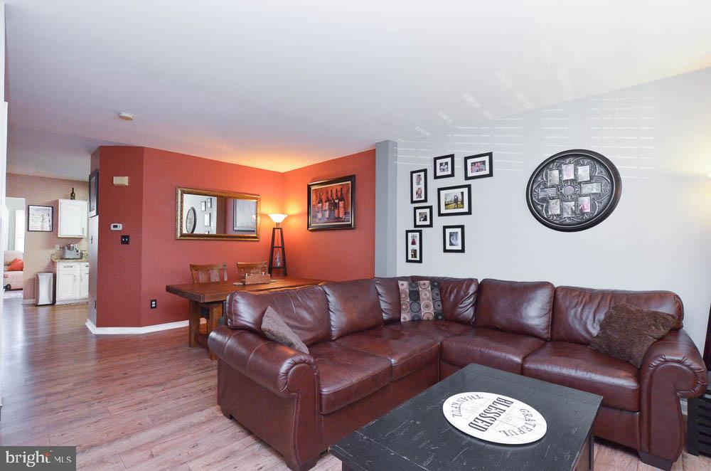 - 191 CONNERY TER SW, LEESBURG