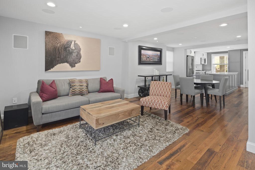 Open floor plan - 1130 N UTAH ST, ARLINGTON