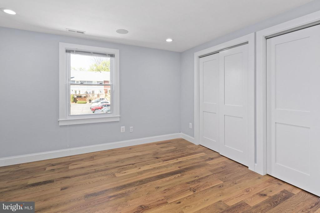 Plenty of closet space - 1130 N UTAH ST, ARLINGTON