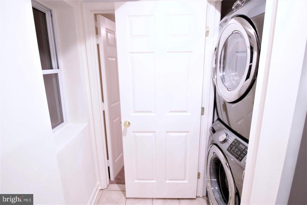 Stainless Steel Washer/Dryer - 131 R ST NE, WASHINGTON