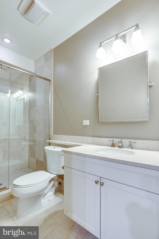 2nd en-suite bathroom - 1830 JEFFERSON PL NW #8, WASHINGTON