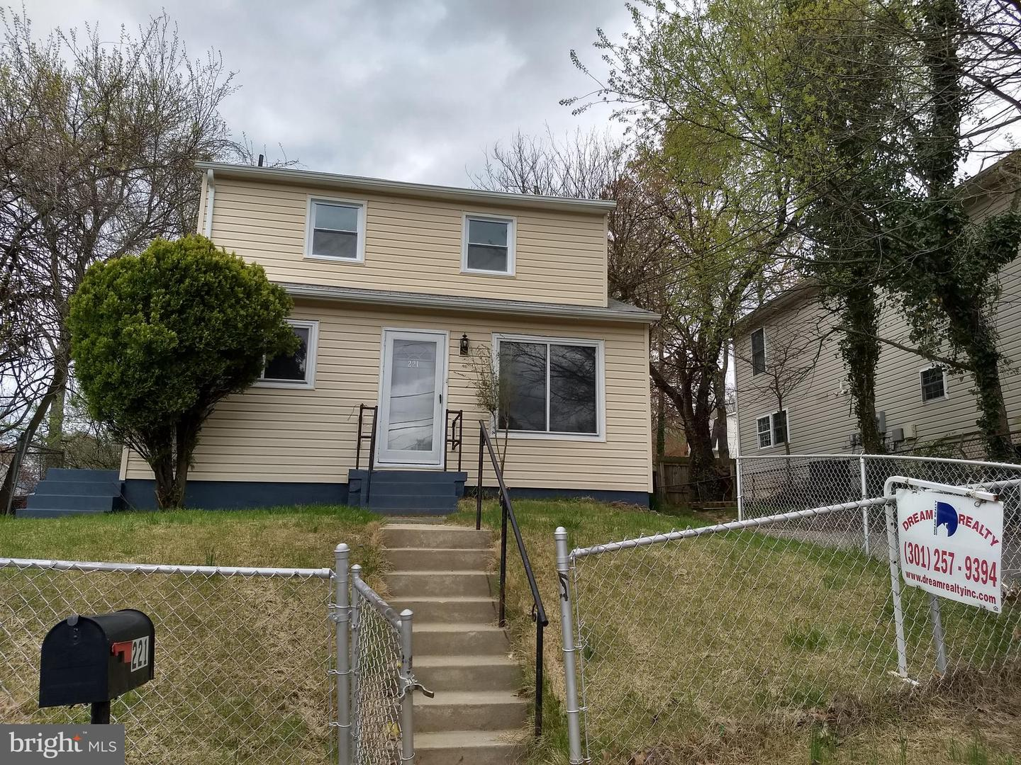 Single Family Homes por un Venta en Capitol Heights, Maryland 20743 Estados Unidos