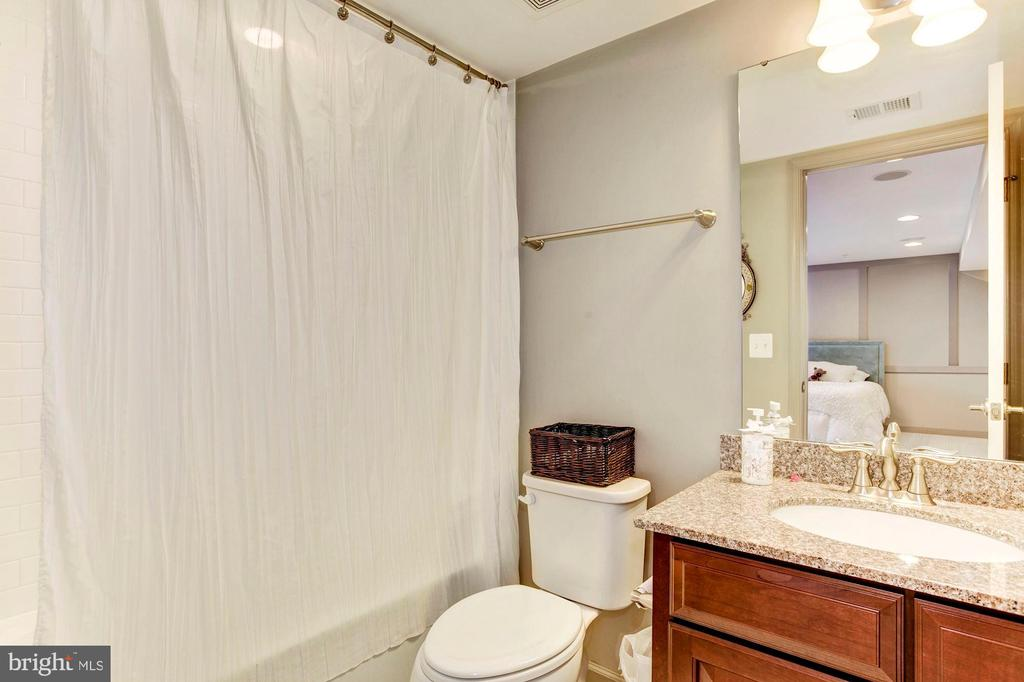 Finished Basement w/3rd Full Bath - 2308 SWEET PEPPERBRUSH LOOP, DUMFRIES