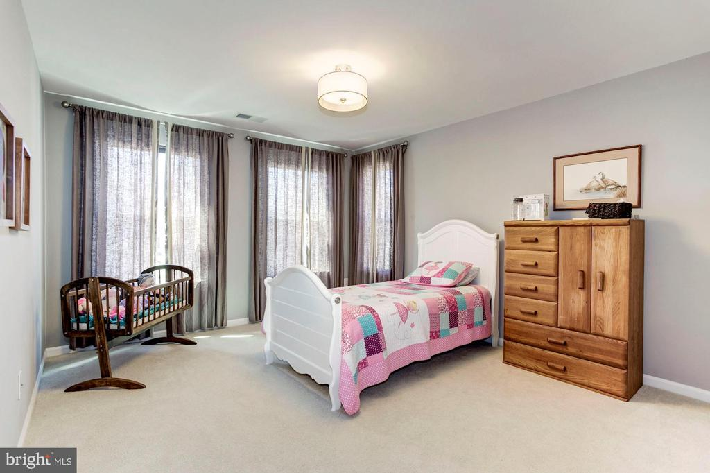 Generous Sized Bedroom 2 - 2308 SWEET PEPPERBRUSH LOOP, DUMFRIES