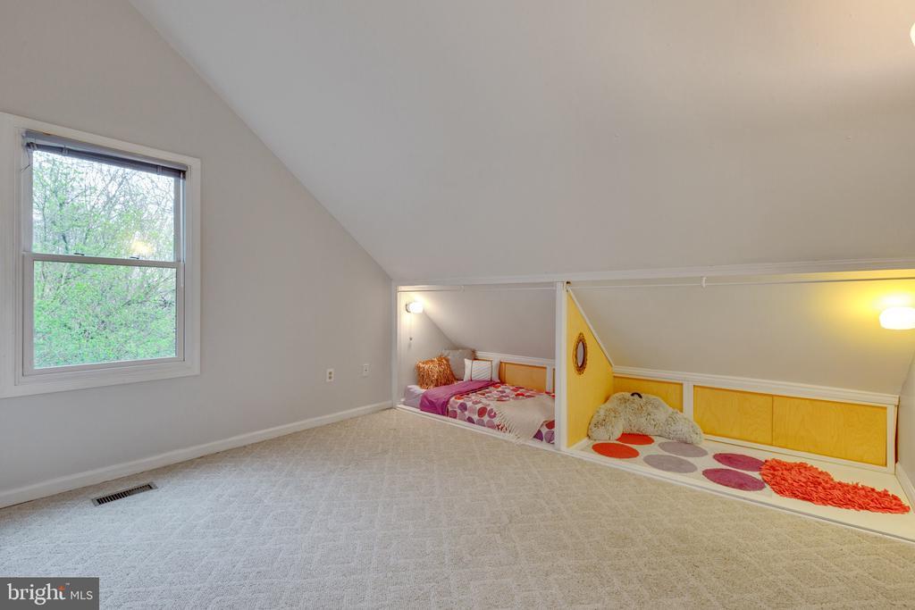 Upper level bedroom - 7163 MASTERS RD, NEW MARKET