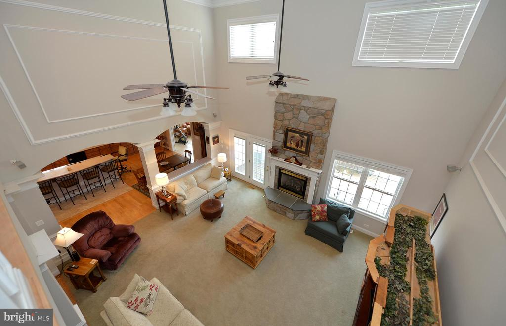 Overlook to great room from upper level - 40319 CHARLES TOWN PIKE, HAMILTON