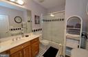 Upper level second master bathroom - 40319 CHARLES TOWN PIKE, HAMILTON