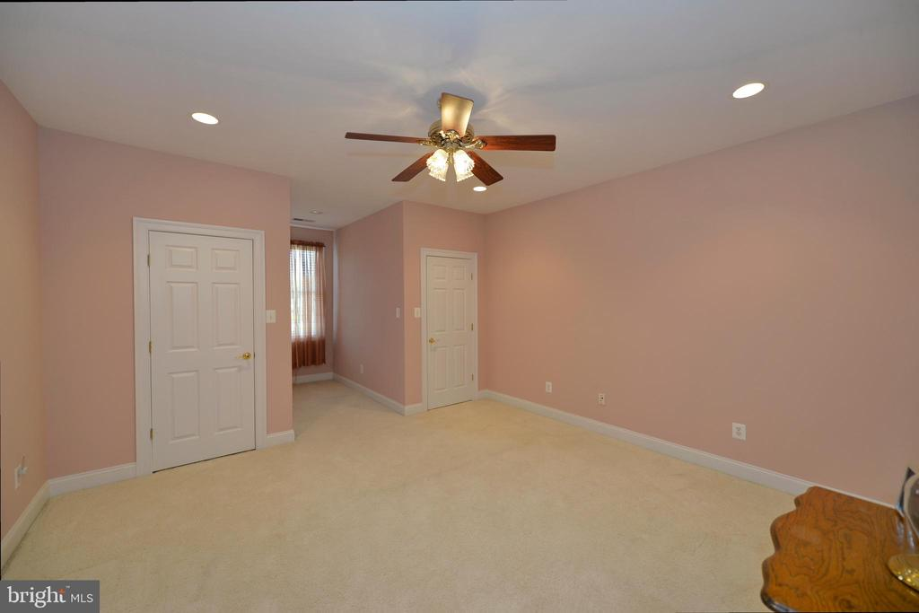 Third bedroom with double closets - 40319 CHARLES TOWN PIKE, HAMILTON
