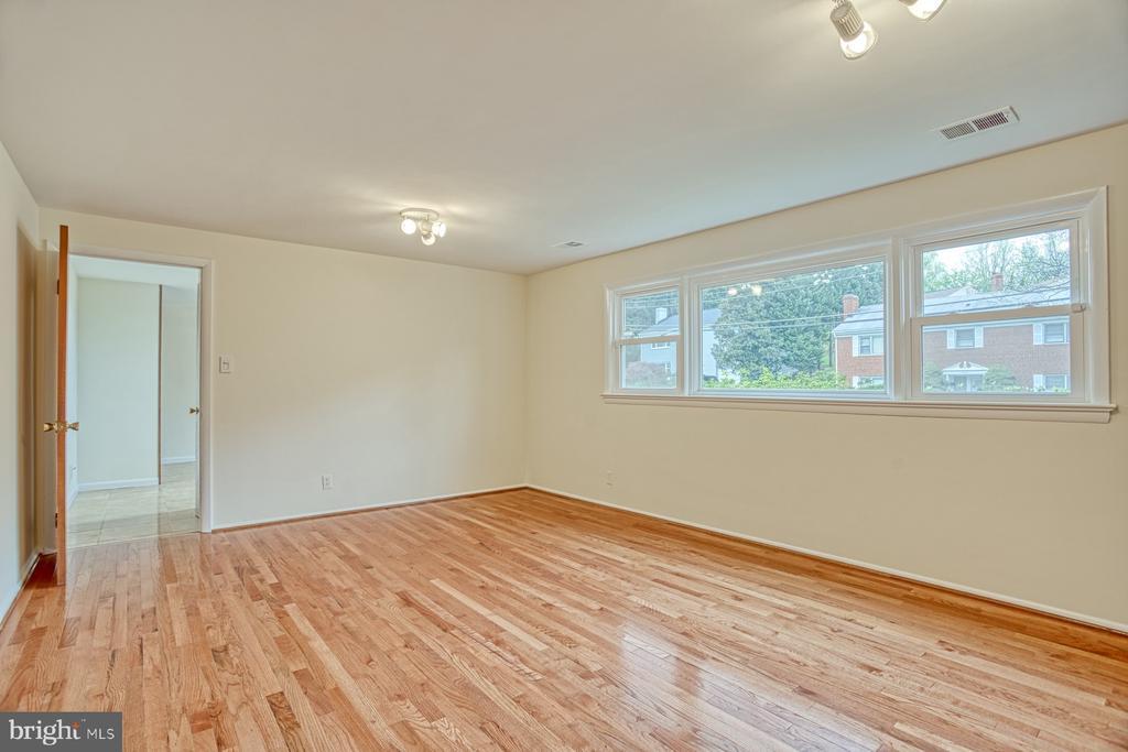 Family room - 6008 5TH RD N, ARLINGTON