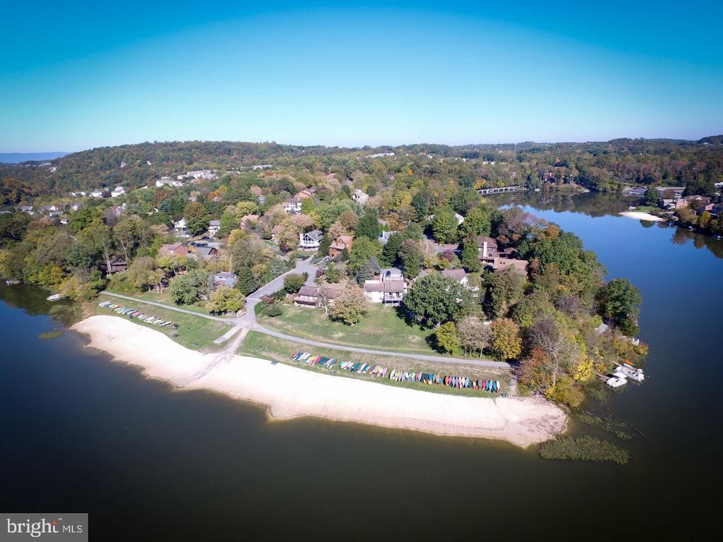 Lake Linganore Aerial. - 6720 ACCIPITER DR, NEW MARKET