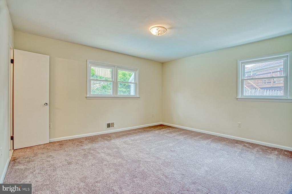 Master Bedroom - 6008 5TH RD N, ARLINGTON