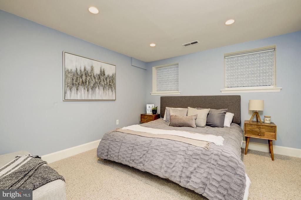 Bedroom #1 on lower level - 1813 16TH ST NW #1B, WASHINGTON