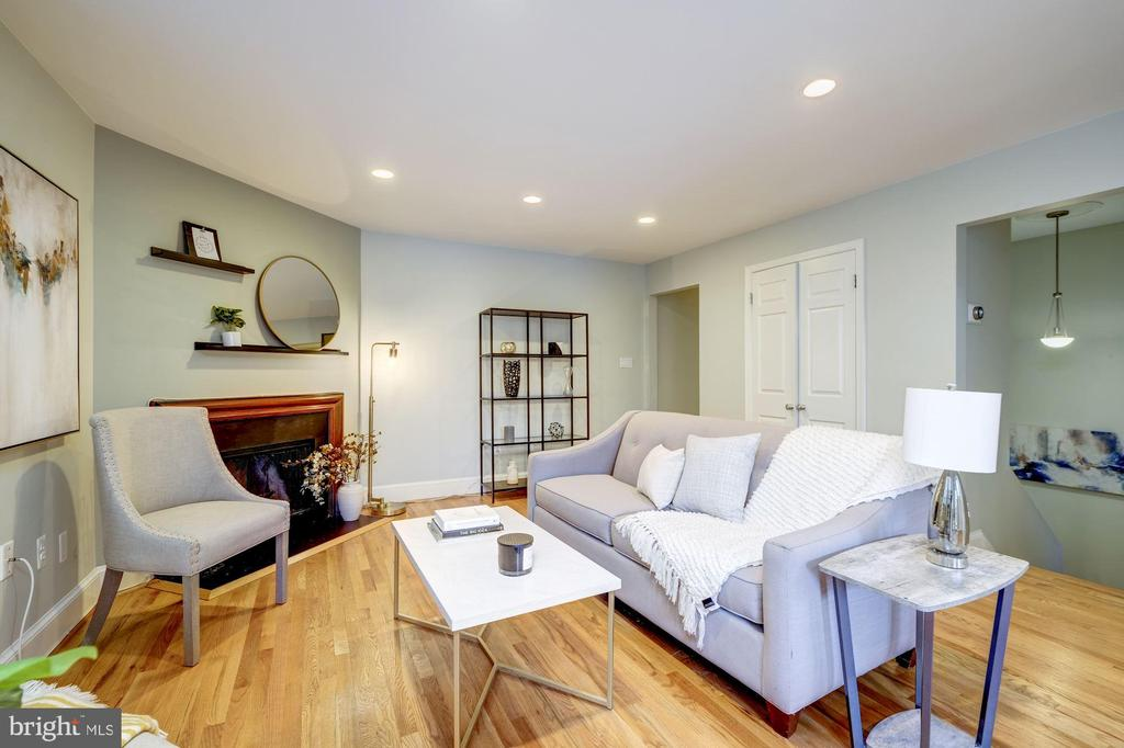 View from Dining area toward Living Room - 1813 16TH ST NW #1B, WASHINGTON