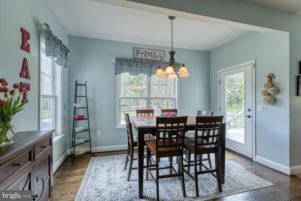 Breakfast area with lovely backyard view - 149 SUMMER BREEZE LN, FREDERICKSBURG