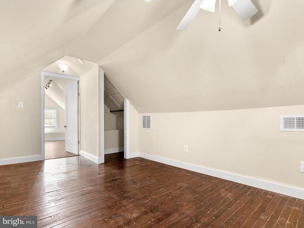 Finished Attic - 4207 STANFORD ST, CHEVY CHASE