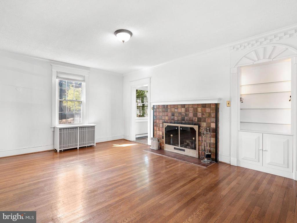 Living Room - 4207 STANFORD ST, CHEVY CHASE