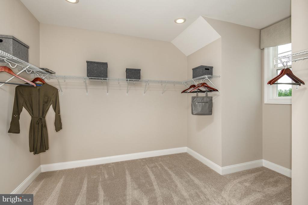 Walk-in Closet - 1 SHERMANS RIDGE RD, STAFFORD