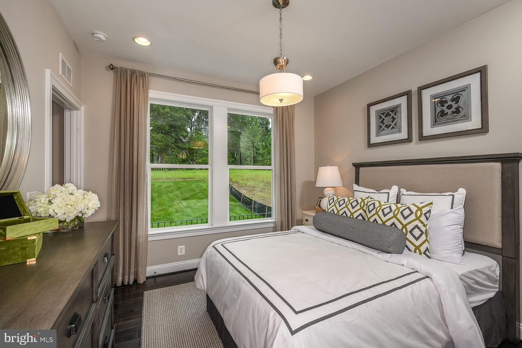Main Level Bedroom - 1 SHERMANS RIDGE RD, STAFFORD