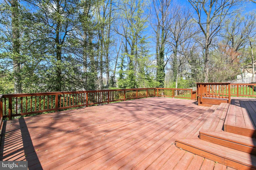 Multi Level Deck View - 4833 BROAD BROOK DR, BETHESDA
