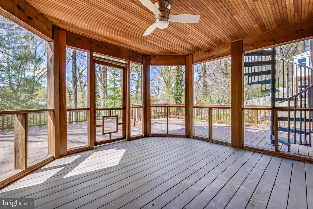 L.L. Cover and Screened Cigar Room - 4833 BROAD BROOK DR, BETHESDA