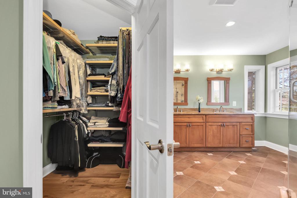 Adjust the shelves to suit  your wardrobe - 34332 BRIDGESTONE LN, BLUEMONT